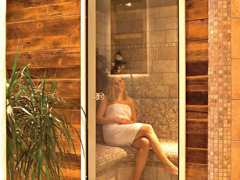 Sauna & stoombad & bubbelbad in ons eigen hotel Lamm ***